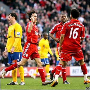 Benayoun celebrates making it 2-2