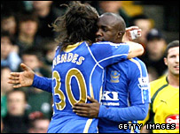 Lassana Diarra (right) celebrates his goal with Pedro Mendes