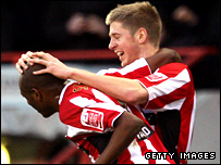 Luke Shelton (left) and Jon Stead celebrate