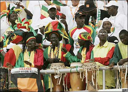 Senegal fans get ready for the match