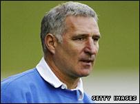 Altrincham assistant boss Graham Barrow