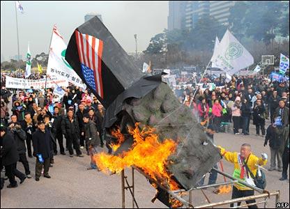 South Korean farmers protest in Seoul