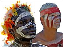 Aborígenes en celebración