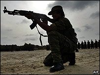 Fighting continues in north-west Sri Lanka