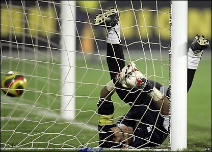 Al-Hadari is beaten in the 88th minute
