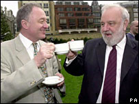 Ken Livingstone and Frank Dobson in 2000