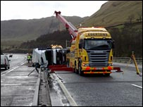 M6 lorry crash (Pic by Mark Smith)
