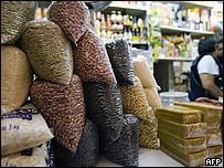 Frijoles en un almacén de México