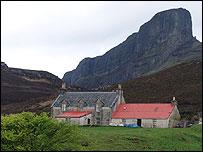 Isle of Eigg (pic by Graeme Churchard)