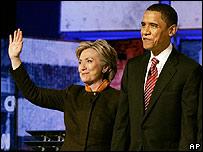 Hillary Clinton y Barack Obama, en el debate del 21 de enero de 2007