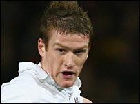 Fulham midfielder Steven Davis