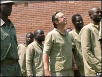 Simon Mann at Zimbabwe prison - photo 2004