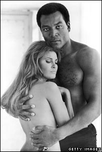 Jim Brown and Raquel Welch