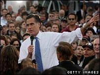 Mitt Romney campaigns in San Diego, California, 31 Jan 2008