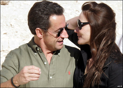 Nicolas Sarkozy and Carla Bruni visit The Queen Valley in Luxor, 27 December 2007