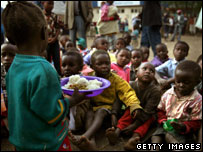 Displaced children wait for food at a stadium in Nakuru, Kenya. 21.01.08