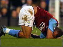 Gabriel Agbonlahor hurts his hamstring