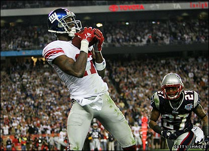 Plaxico Burress sends the Giants into dreamland when he hauls in the winning touchdown with seconds left