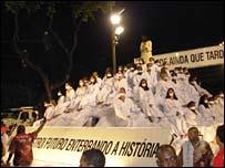 Viradouro's float designed to represent freedom of speech