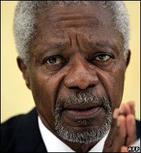Kofi Annan at a press conference in Nairobi, Kenya (01/02/2008)