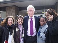 Lourdes Heredia junto a Bill Clinton