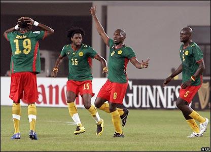 Geremi celebrates his goal