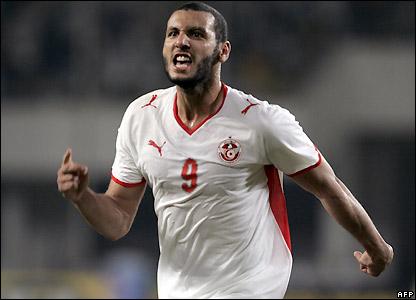 Yassine Chikhaoui celebrates his goal