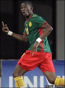 Mbia celebrates his winning goal