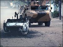 Tanque en las calles de Yamena
