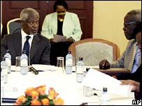 Former UN chief Kofi Annan mediates talks between government and opposition officials in Nairobi on Monday