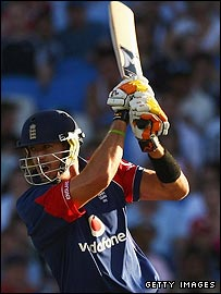 Kevin Pietersen in action against New Zealand
