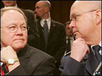 US National Intelligence Director Mike McConnell (l) and CIA Director Michael Hayden