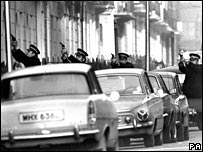 Armed police in 1975's Balcombe St seige