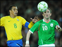 Robbie Keane (right) and Gilberto