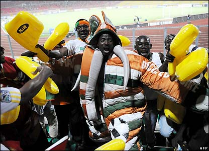 Ivory Coast fans prepare for the game