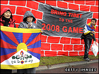 Tibetan activists protest at the IOC headquarters in Lausanne
