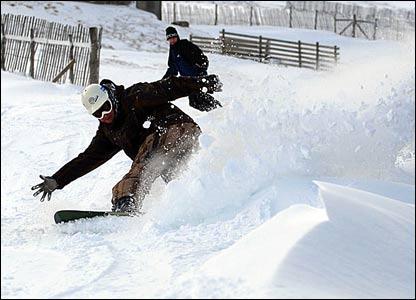 Snowboarder on the Nevis range