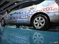 Toyota Prius ejemplo de coche híbrido-eléctrico