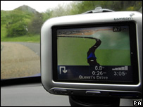 A satellite navigation device