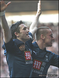 Robbie Keane and Jamie O'Hara celebrate the Irishman's opener