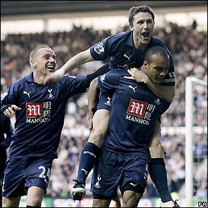 Tottenham celebrate Kaboul's goal