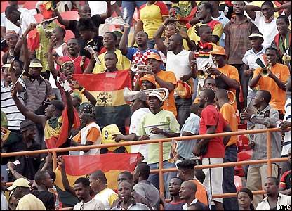 Fans mingle before kick-off