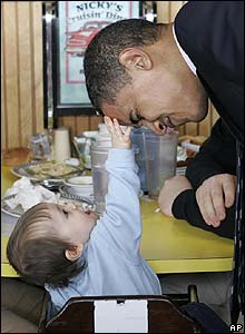 Barack Obama with 11-month-old baby in Bangor, Maine 9 Feb