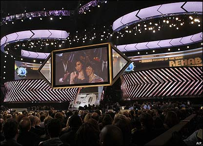 Amy Winehouse beamed into the Grammys ceremony
