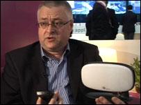 Chris Gilbert of Ubiquisys promoting femtocells