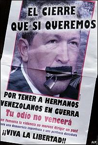 Cartel de protesta contra el presidente Hugo Chávez