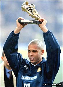 Ronaldo holds aloft the 1997 Golden Boot trophy
