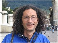 Manuel Rozenta médico y vocero de la Asociación de Cabildos Indígenas del Norte del Cauca (Acin)