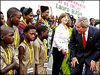 Bush talks to children and Benin's airport