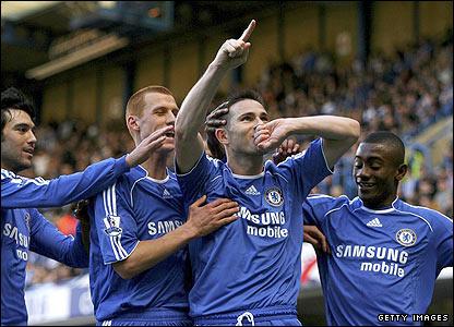 Chelsea's Frank Lampard celebrates scoring the opener